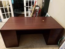 large desk in The Woodlands, Texas