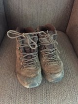 Size 5 Vasque hiking boots in Plainfield, Illinois