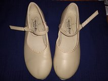 Girl's Tap Shoes - Size 3 1/2 in Plainfield, Illinois