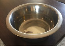 Metal Pet Bowl in Yorkville, Illinois