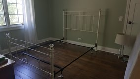 Wrought Iron Bed, full, white, used, Pottery Barn in Plainfield, Illinois