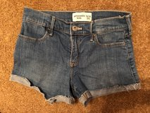 Abercrombie Kids shorts size 13/14 - perfect condition in The Woodlands, Texas