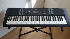 Keyboard with Stand in Stuttgart, GE