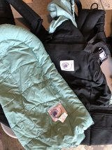 Ergo Baby Carrier and Insert in Glendale Heights, Illinois