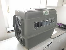 Large Airline Approved Dog Kennel -like new in Stuttgart, GE