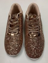 ***BRAND NEW***Women's Gold Glitter Sneakers***SZ 8.5 in Houston, Texas