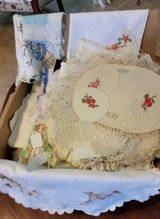 Linens, doilies, etc in Fort Campbell, Kentucky