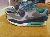 Nike Airmax in Fort Leonard Wood, Missouri