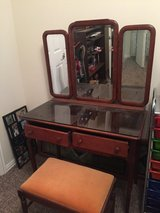 Antique Mahogany dressing table and stool in Conroe, Texas