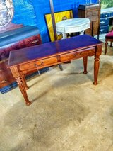 solid wood sofa table excellent condition in Camp Lejeune, North Carolina