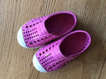 Native Shoes - Children's Pink Size 6 in Bolingbrook, Illinois