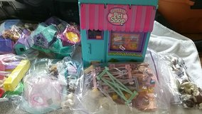 littlest petshop 90s at least 15-20 sets complete in Travis AFB, California