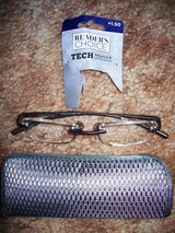 NWT Reading Glasses Strength t is 1.25 in Alamogordo, New Mexico