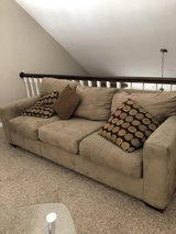 Couch pull out to full size in Chicago, Illinois