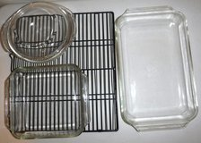 3 Glass Baking Casserole Dishes + Cooling Rack ~Pyrex / Anchor Hocking in Chicago, Illinois