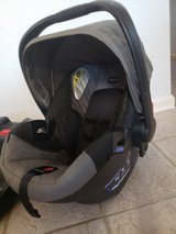 Britax B-Safe 35 newborn carseat with 2 bases in Fairfield, California