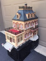 Vintage Playmobil Victorian Doll House 5300 in Chicago, Illinois