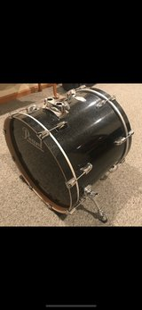 Bass Drum in Glendale Heights, Illinois