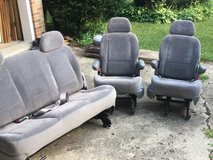 Ford Windstar Seats in Chicago, Illinois
