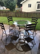 patio furniture in Chicago, Illinois