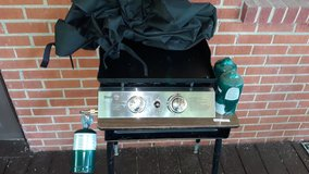 """22"""" Blackstone Griddle Grill Mounted to desk in Fort Knox, Kentucky"""