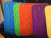 Tuppertoys Picture Plates Tupperware Set 6 Vintage Picture Plates New in box in Alamogordo, New Mexico
