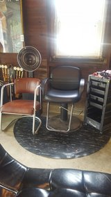 Hairstylist chair and equipment lot in Chicago, Illinois