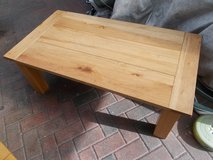 Heavy Oak Coffee Table in Lakenheath, UK