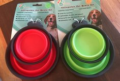 Collapsible Pet Bowl Set in Yorkville, Illinois