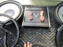 """Set Of 12"""" And Amp Kit in Westmont, Illinois"""
