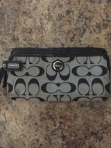 Large Coach wristlet wallet in Fort Leonard Wood, Missouri