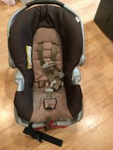 Infant Carseat in Naperville, Illinois