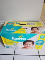 Pampers size 5 in Naperville, Illinois