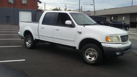 2002 Ford F150 4x4....Runs Good!! in Fort Campbell, Kentucky