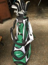 Slazenger Golf set in Tacoma, Washington