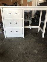 Small desk or vanity in Chicago, Illinois