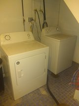 washer and dryer in Oswego, Illinois