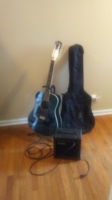 12 string Electric/acoustic guitar in Clarksville, Tennessee