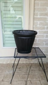 Black Planter 16inch in Houston, Texas