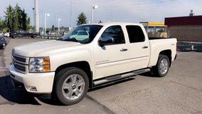 2013 CHEVY SILVERADO LTZ!! LOW LOW MILES! GREAT CONDITION! in Tacoma, Washington