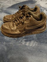 Nike Air Max Womens Size 8.5 Shoes in Fort Leonard Wood, Missouri