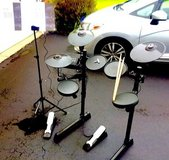 ** Yamaha Electronic. Drumset w/Music Stand ** in Westmont, Illinois