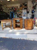 End tables in Aurora, Illinois