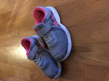 Toddler girls nike shoes in Bolingbrook, Illinois