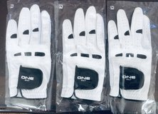 3 Pcs brand new golf gloves men's left hand size 24 in St. Charles, Illinois