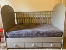 baby to toddler crib in grey in Bolingbrook, Illinois