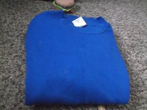 solid color sweat shirt size large in Alamogordo, New Mexico