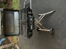 Grill Coleman NXT100 -portable in Westmont, Illinois