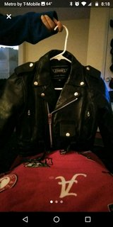 Kids leather jacket in Fort Campbell, Kentucky