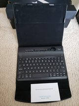 iLuv Slim Folio Cover with Bluetooth Keyboard for iPad in Camp Lejeune, North Carolina